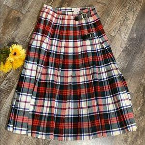 The Scotch House   Vintage Scotland Wool Skirt